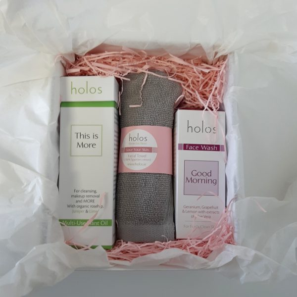 Clean Queen gift set by Holos